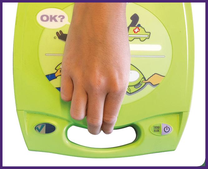 8. Sulje defibrillaattorin kansi
